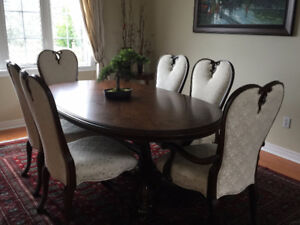 DINING SET WITH HUTCH AND BUFFET
