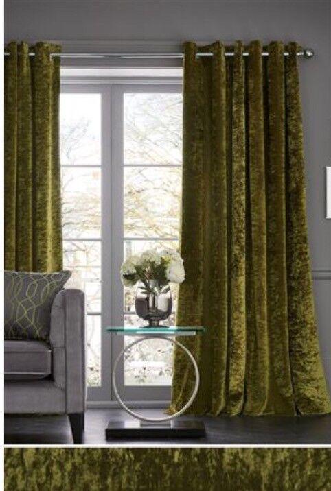 Venetian Blinds Living Room
