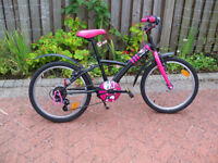 Girls Bike Misty B-Twin Black And Pink Age 6-8 Years As New