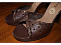 new ladies leather high heeled sandals with ankle straps size 5 (38)