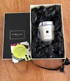 NEW Jo Malone Candle And Complimentary Hand Massage