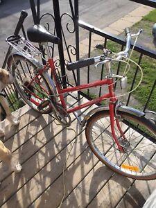 """Velo supercycle roue de 23"""""""