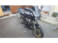 2000 600 fzs fazer mot'd to april 2018 with just 20000 miles £1950 ono
