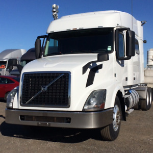 2013 Volvo 730 VED 13 435 I shift mid roof with bunk beds