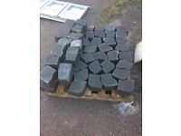 Brick weave curb edging blocks