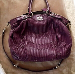 Large coach purse for trade.