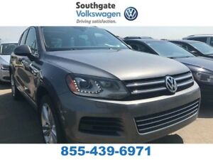2013 Volkswagen Touareg 3.0 TDI Execline | Leather | NAV | Panor