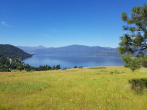 Panoramic Okanagan Lake Views!