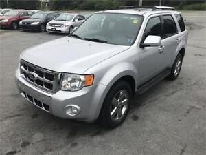 2010 Ford Escape Limited NEW MVI , NO RUST, LOW KMS , VERY CLEAN