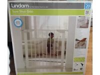 Lindam Safety Gate Brand New Sealed in Box