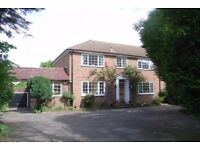 FANTASTIC 5 BEDROOM FAMILY HOUSE WITH 5 RECEPTION ROOMS, A DOUBLE GARAGE, CLOSE TO THE HIGH STREET