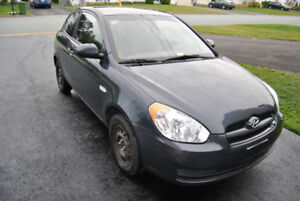 2011 Hyundai Accent L Coupe (2 door)