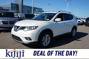 2016 Nissan Rogue AWD SV Accident Free,  Backup Cam,  A/C,