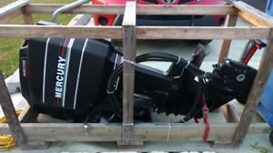 Aubaine Moteur Mercury 90HP injection d'huile très Propre