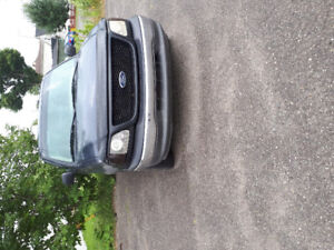 2002 Ford F-150 Xl v8 Camionette