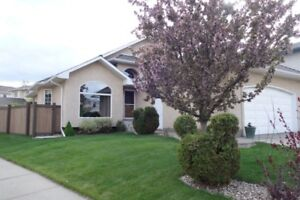 Brookview Bungalow - OPEN HOUSE AUG 19 & 20 - Must See!