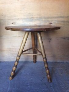 Rustic Round 3-Legged Table