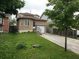 3bdr house for lease in south Barrie