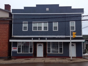Commercial Retail or Office Space on 1st Floor
