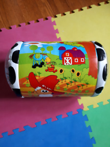 Infantino rolling toy