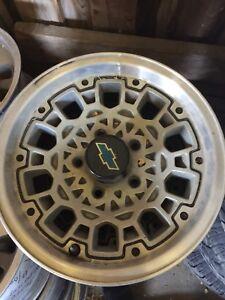 5 bolt 15 inch Chevy Rims