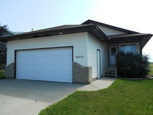 #4961 Full house! Avail. now Garage and deck! $2400