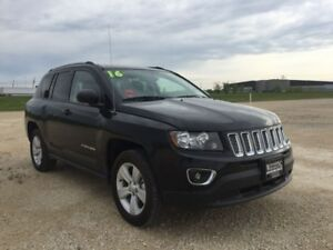 2016 Jeep Compass High Altitude 4x4 w/Leather  Sunroof  4x4 w/Su