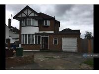 4 bedroom house in Parkfield Crescent, Harrow, HA2 (4 bed)