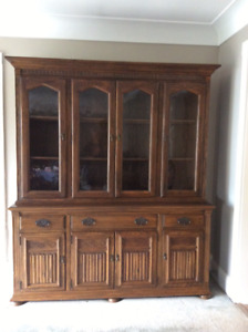 ETHAN ALLEN CHINA CABINET AND BUFFET