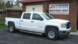 2014 GMC Sierra 1500 Crew Cab 4X4 - Super Low Kms!