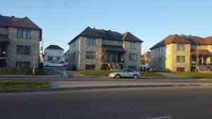 Beau 4½ Chomedey, Laval