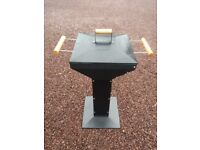 Barbecue pedestal grill