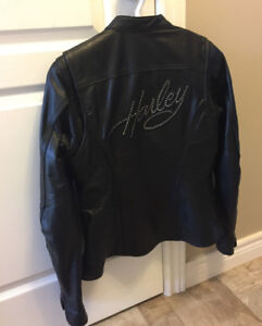 Women's Small Harley-Davidson Leather Jacket and Softshell