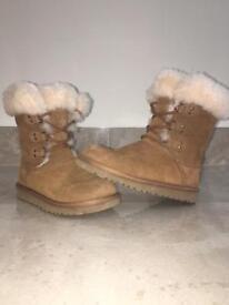Girls Ugg winter boot size uk 12/ euro 30