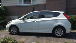 2013 Hyundai Accent Bicorps