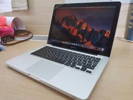 Apple MacBook Pro - Great Condition - Intel Core i5 2.5 ghz - Battery Cycle of Just 109