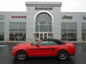 2012 Ford Mustang V6 Heated leather seats, Garage Stored