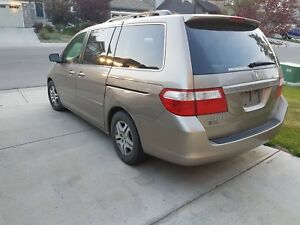 Honda Odyssey FOR SALE, GREAT SHAPE FULLY LOADED