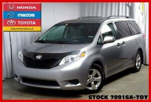 2012 Toyota Sienna V6 7 Pass/MAGS/JAMAIS ACC.