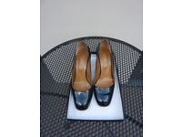 Hobbs Ladies Navy Blue Court Shoe - size 38.5