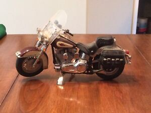 REDUCED - FRANKLIN MINT PRECISION HARLEY DAVIDSON MODELS