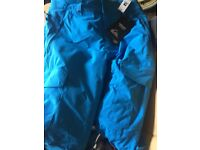 Quicksilver Snowboard trousers & DC focus Boots