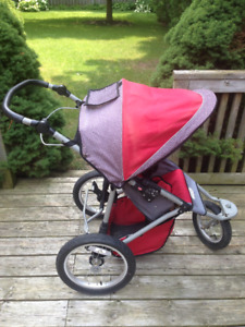 InSTEP Swivel Wheel Jogger Single Stroller
