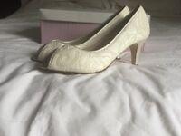 Rainbow peep toe cream bridal shoes size 6