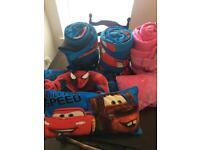 6 x Sleeping bags for camping or caravan