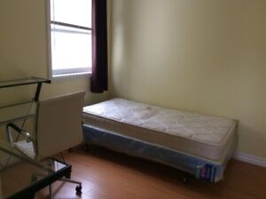 AVAILABLE SEP STEPS from Dal/Kings/hospital BEAUTIFUL 4 bedrooms