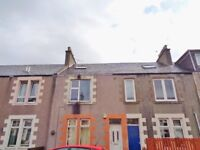 Large 3 Bedroom Upper Floor Flat for Sale Taylor Street Methil with Shared Garden