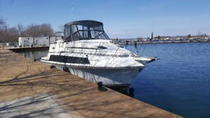 32' 1987 Carver Mariner - Port Perry