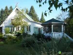 165 000$ - Maison à un étage et demi à St-Mathieu-Du-Parc
