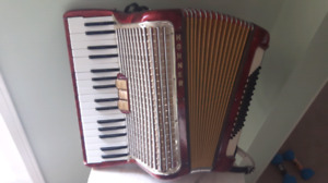GUITARS &ACCORDIONS &COURTICE FLEA MARKET